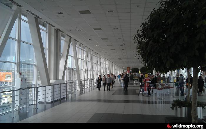МЕГА Белая Дача реконструирует