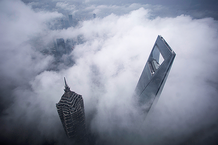 Небоскреб Shanghai World Financial Center в Шанхае. Фото: Aly Song/Reuters