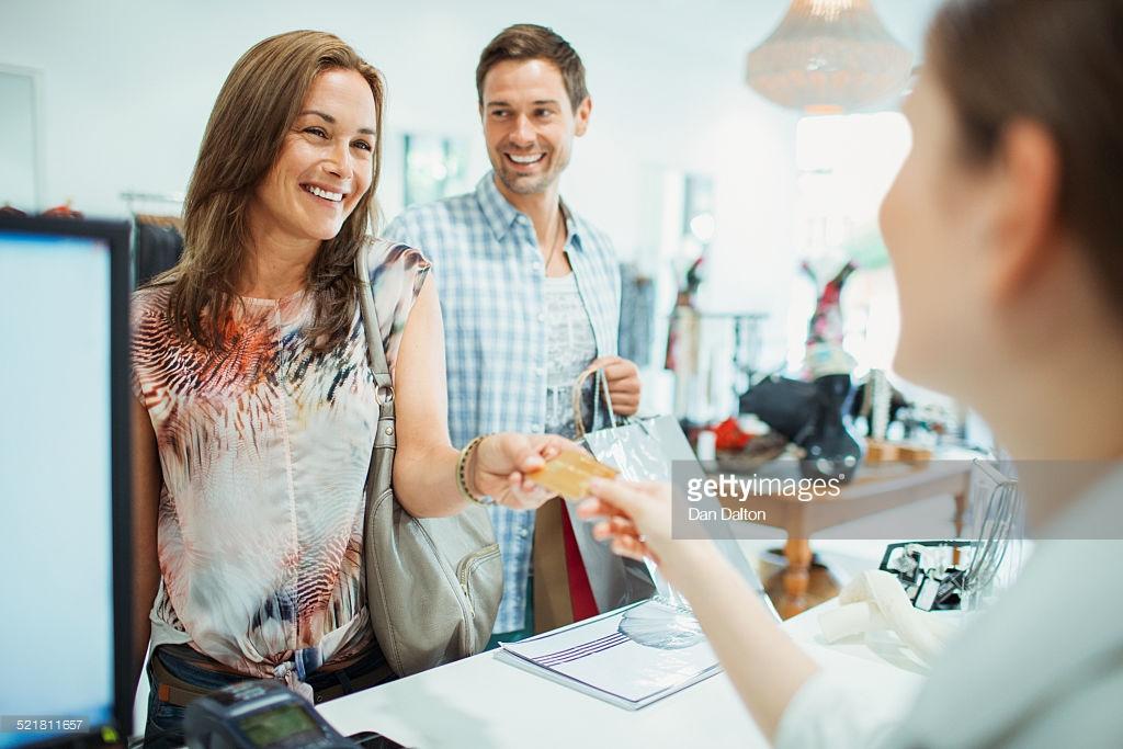 Внедрение бонусной системы Создание и внедрение бонусных программ лояльности зачастую оборачивается крупными накладными расходами на разработку или покупку программного обеспечения для проведения расчетов.
