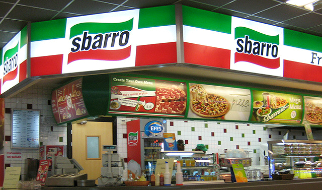 В РФ из-за санкций закрываются последние рестораны Sbarro