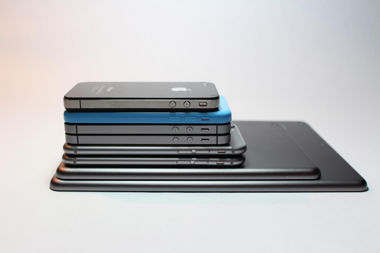 Смартфоны/ Gabriel Freytez/ Pexels