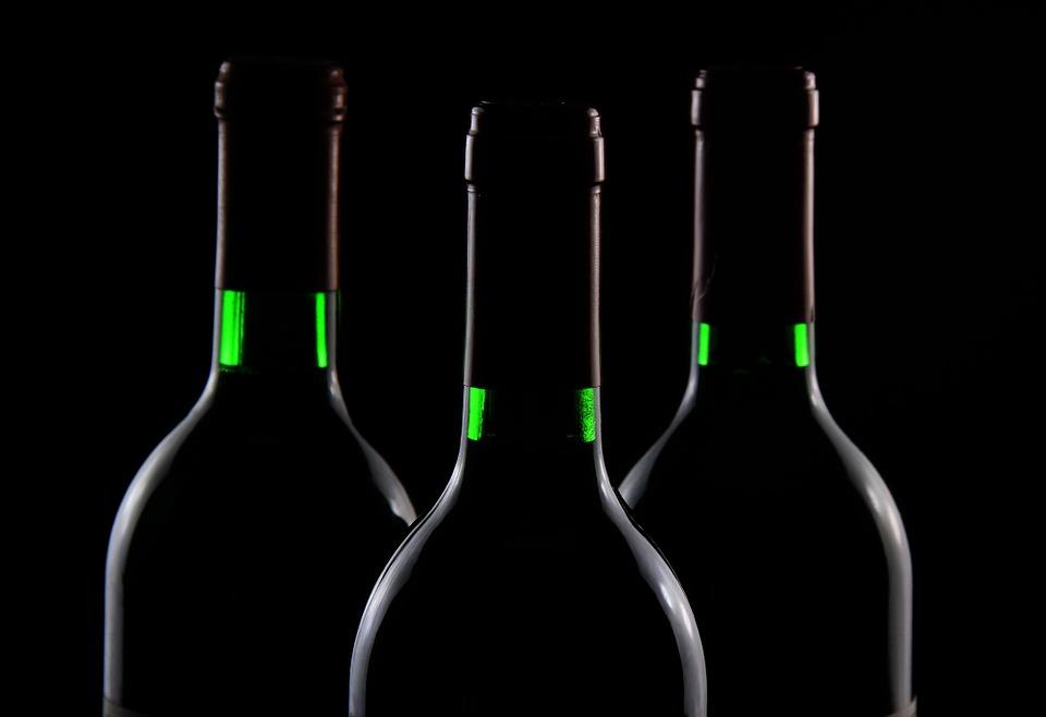 В РФ могут разрешить телерекламу отечественного вина вночное время