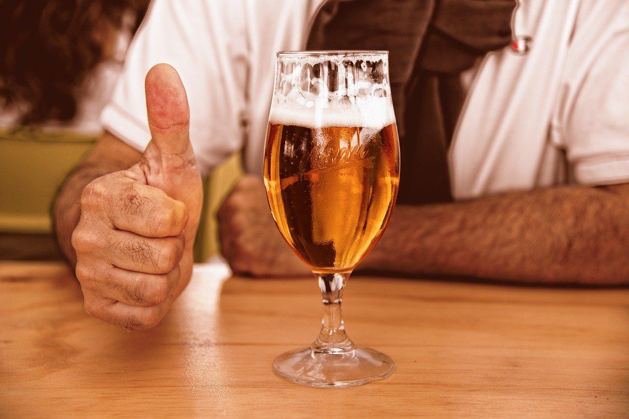 пиво, бокал, пивной бокал, пивная кружка, бокал с пивом,  продажа алкоголя, алкоголь онлайн, торговля алкоголем онлайн, онлайн продажа алкоголя