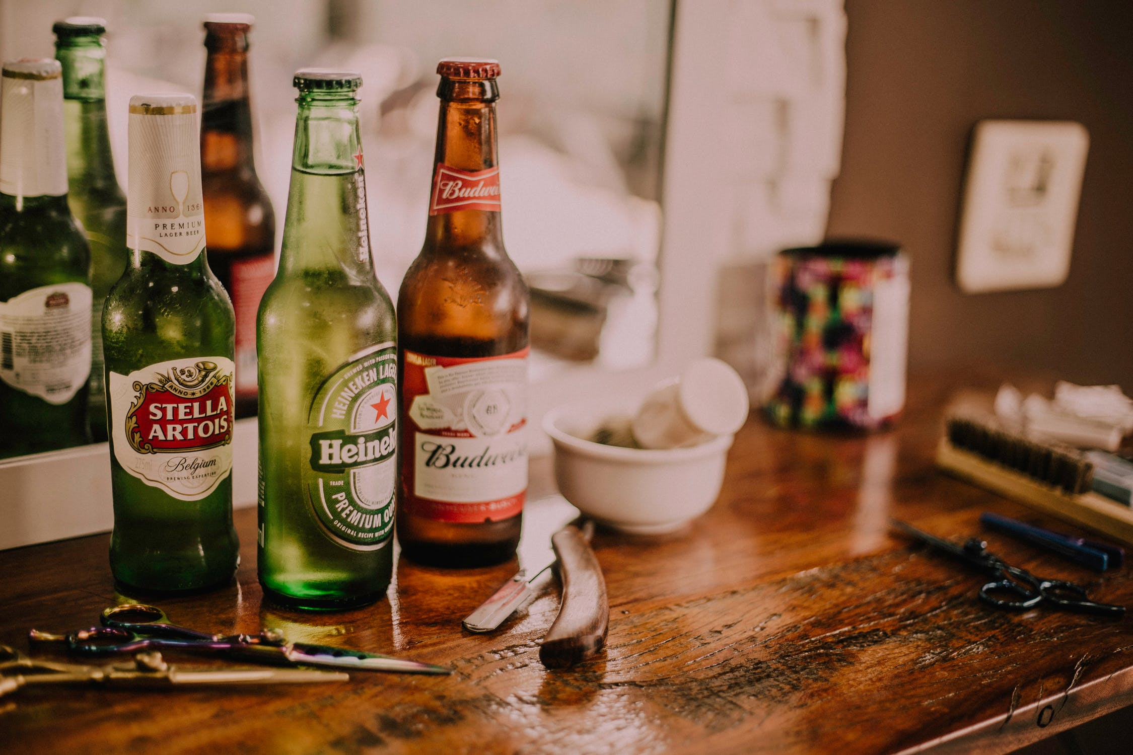 Оригинал: https://www.pexels.com/ru-ru/photo/heineken-667986/