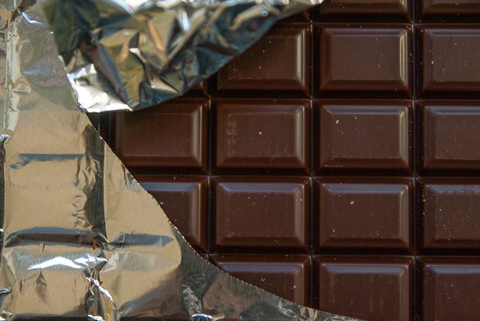 Четверть шоколада в Российской Федерации является ненатуральным