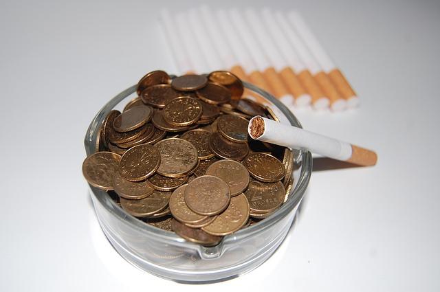 Напачках сигарет вЕврАзЭС появятся новые устрашающие иллюстрации